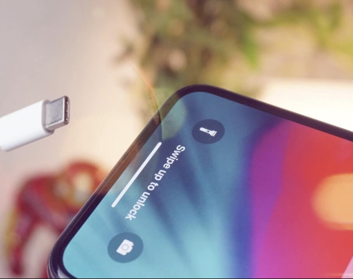 Apple continúa con Lightning para sus iphone de momento