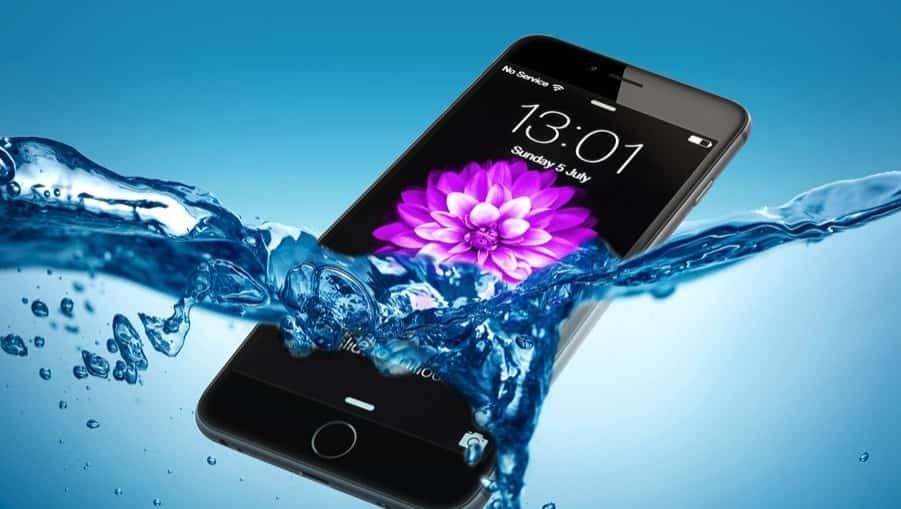 se te ha caído el móvil al agua. Soluciones